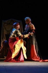 28203491_teatro-delfino-dal-14-febbraio-enrico-iv-con-antonio-salines-regia-vito-signorile-via-dalmazia-11--0