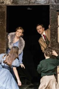 Peter e Alice attraverso lo specchio