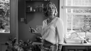 Kristin Scott Thomas nel ruolo di Janet